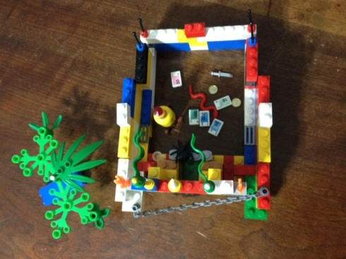Por dentro do Templo de Lego criado por Loretto
